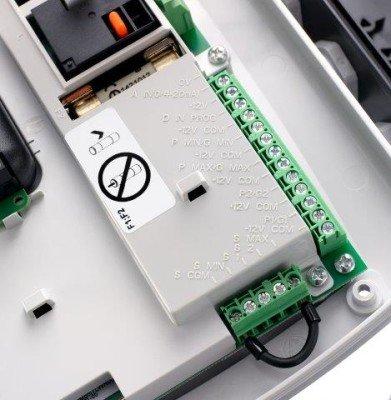 """Q-smart"" vienos fazės elektroninio valdymo skydelis"